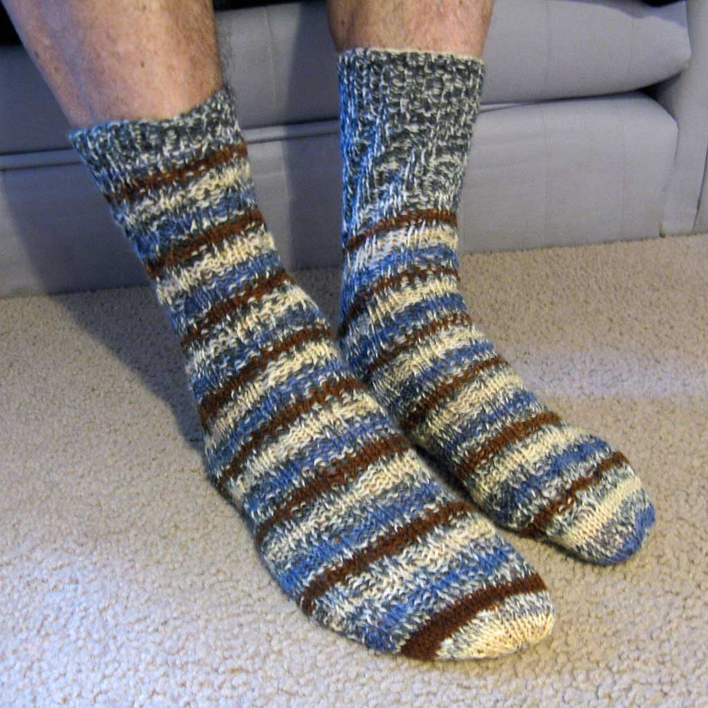 Knitting Patterns For Men s Socks On 4 Needles : Adult Knitted Spiral Socks CraftMeister MCUniverse